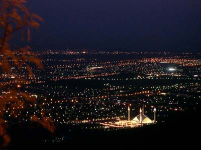 إسلام أباد islamabad islamabad_at_night.jpg